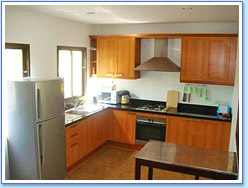 2 Bedroom Multi-Level House: European style kitchen